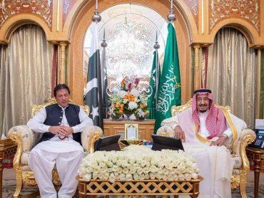 Imran Khan flies to Saudi Arabia to weld Saudi-Irani rift