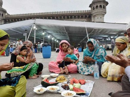 Ramzan starting in Pakistan from April 25