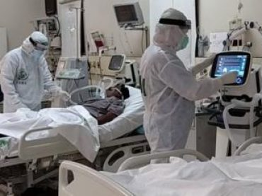36 health workers have died due to corona in Pakistan.