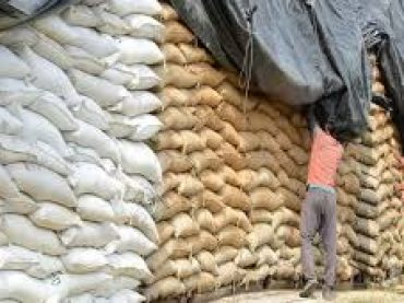 Prime Minister directed for action against elements involved in wheat hoarding .