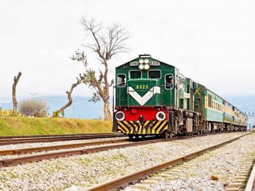 Pakistan Railways restore ten more train routes.