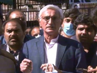 Banking court extends Jahangir Tareen and his son Ali Tareen's bail till April 17
